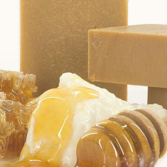 oryginalne greckie produkty - mydło z oliwą z oliwek - mydło z miodem woskiem pszczelim i jogurtem