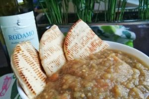 greckie przepisy, pasta z bakłażana, smaki-grecji.pl